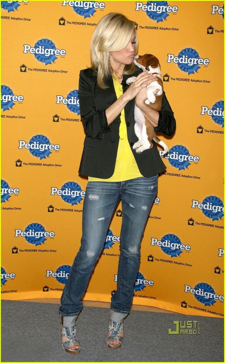 "Pedigree Adoption Drive: ""CRAZY PETS"" TV Commercial"