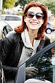 kate walsh hugs it out 05