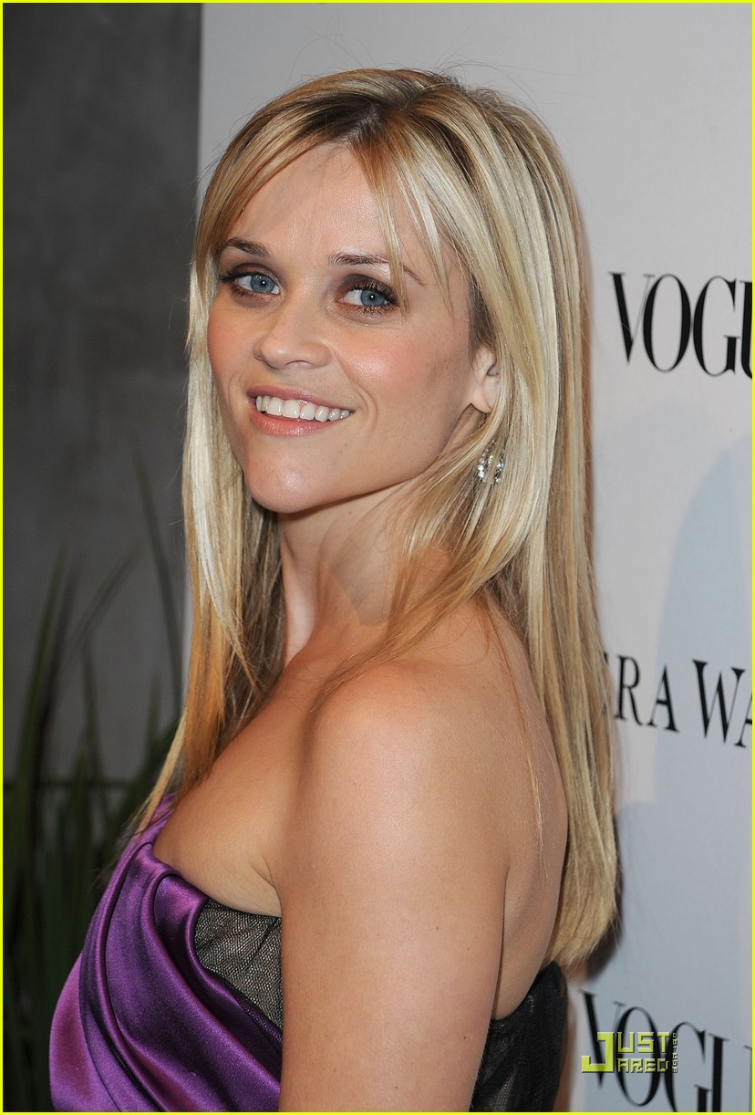 reese witherspoon views vera wang 27
