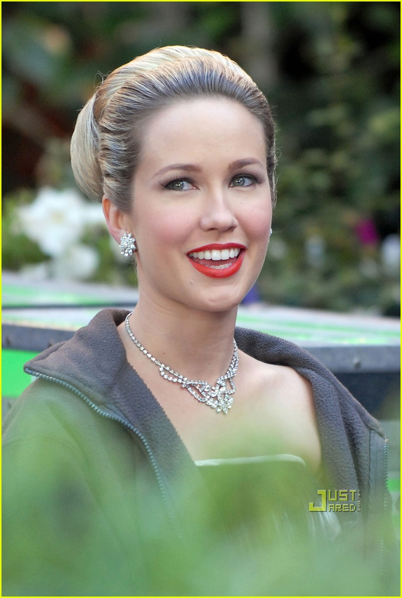 anna camp mad men 04