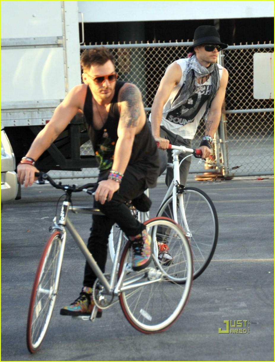 jared leto bicycle 07