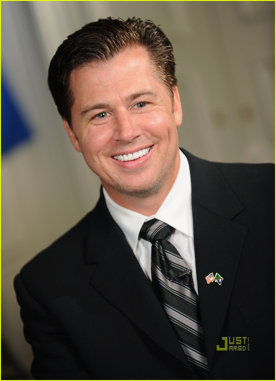 doug pitt goodwill ambassador tanzania 02