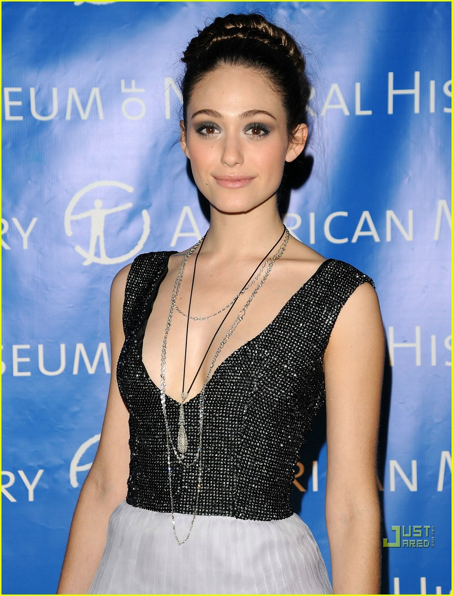 emmy rossum night museum 02