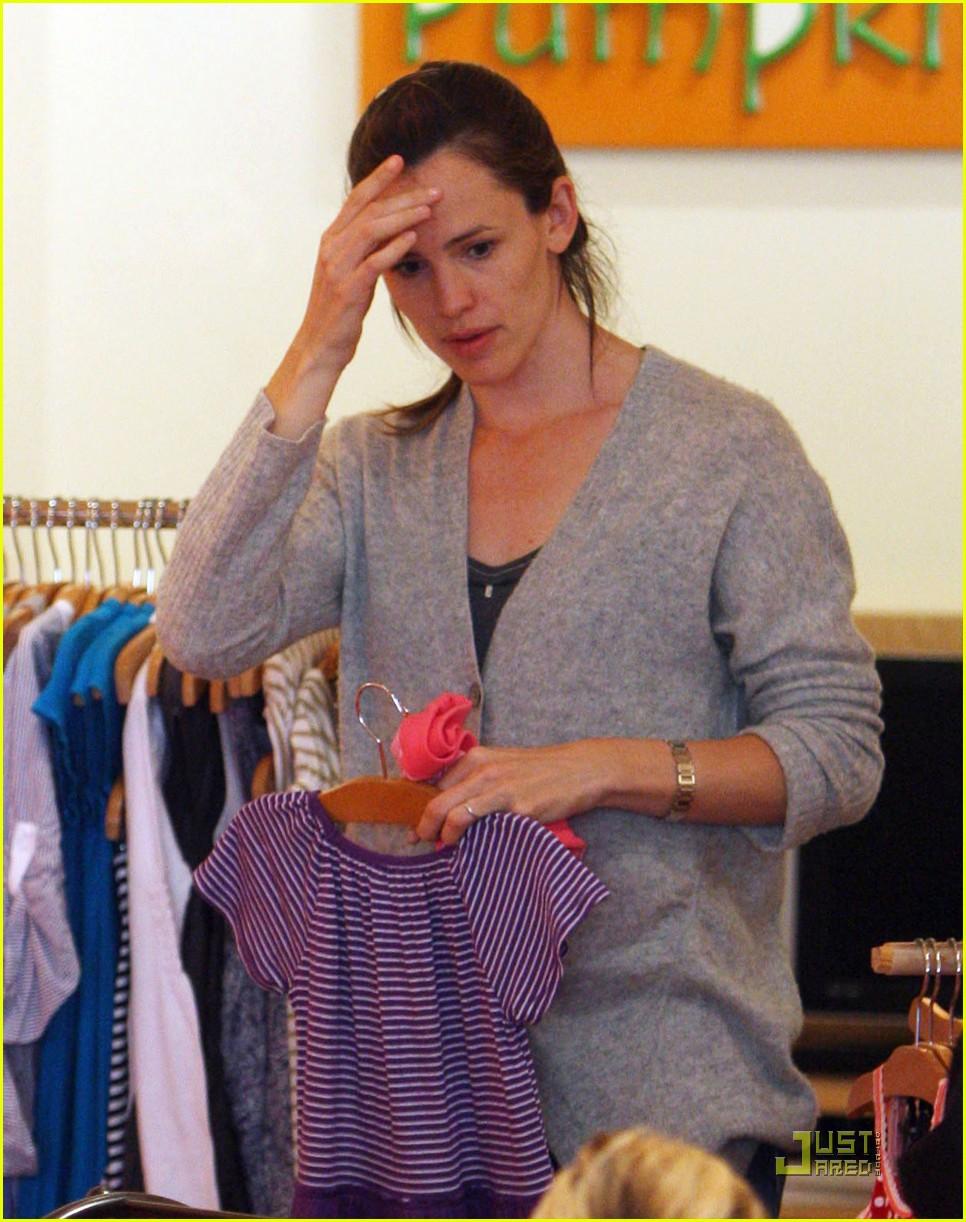 jennifer garner shopping girls 18