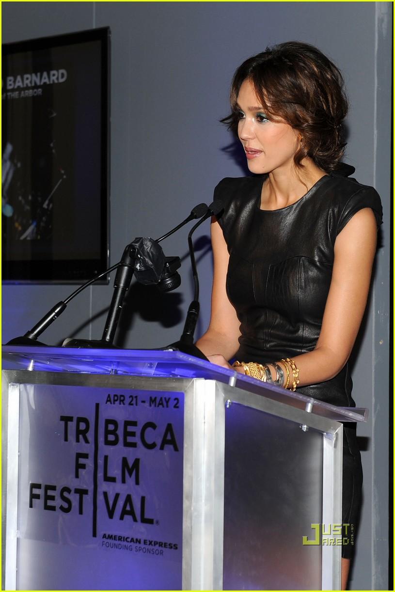jessica alba tribeca film festival awards abbie cornish america ferrera 03