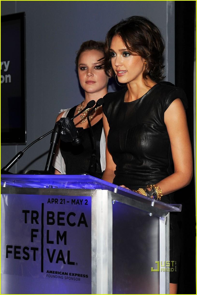 jessica alba tribeca film festival awards abbie cornish america ferrera 06