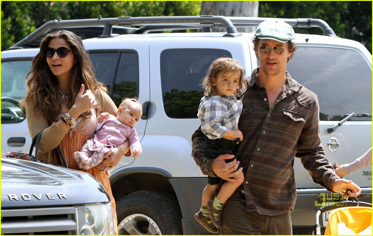 matthew mcconaughey family weekend fun 13