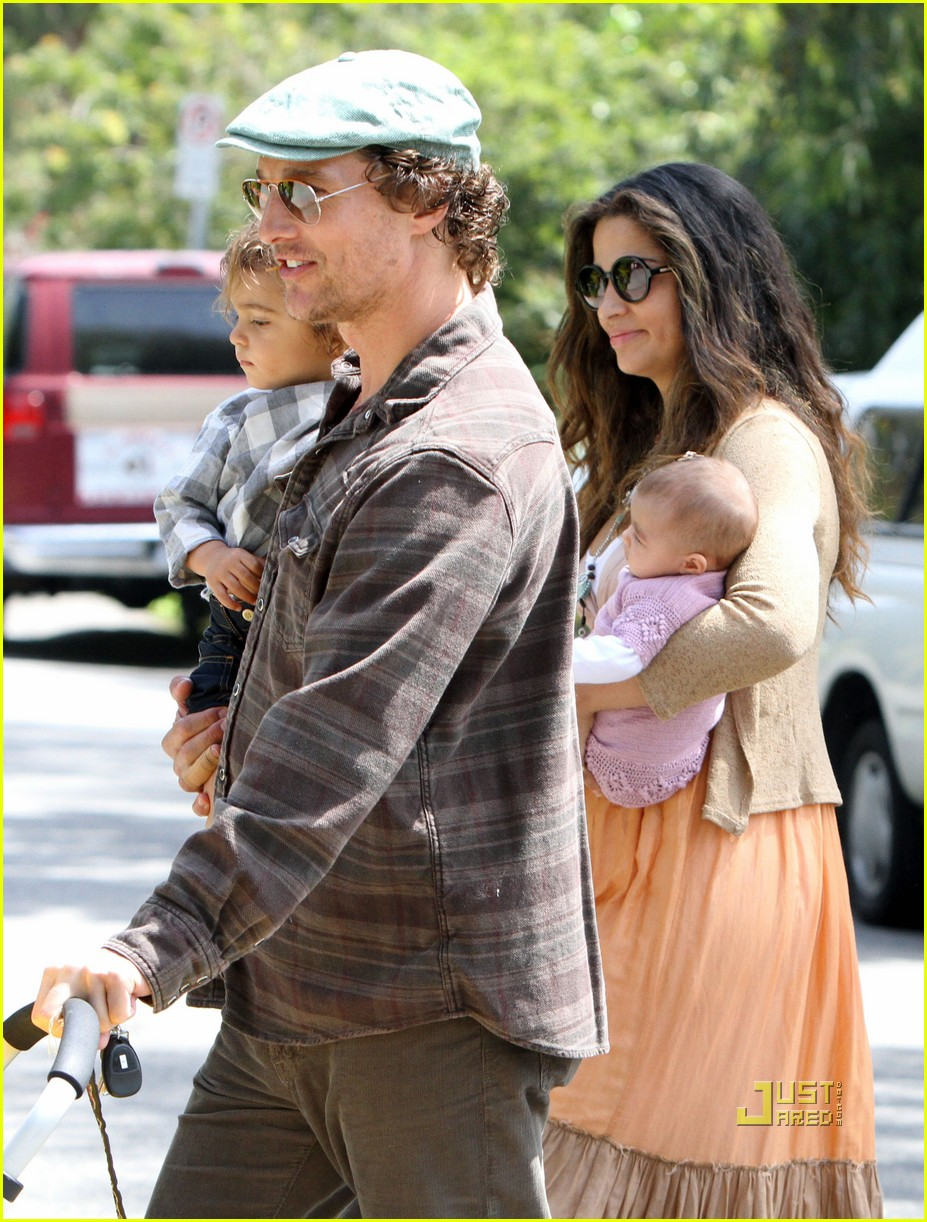matthew mcconaughey family weekend fun 192439715