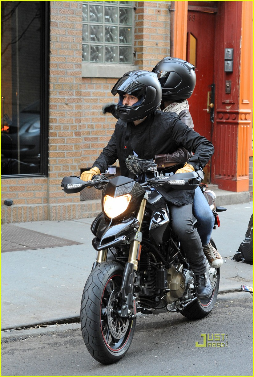orlando bloom miranda kerr motorcycle 092439953