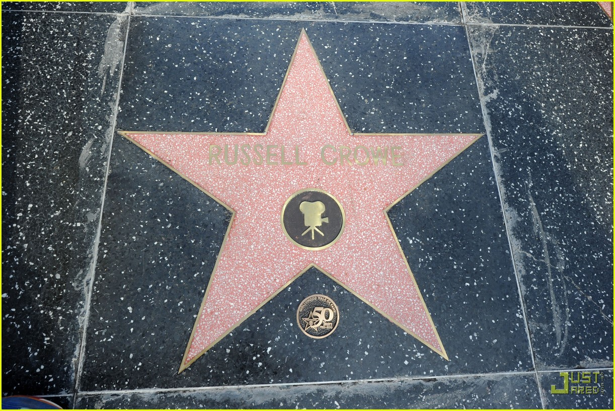 russell crowe hollywood walk of fame star 16