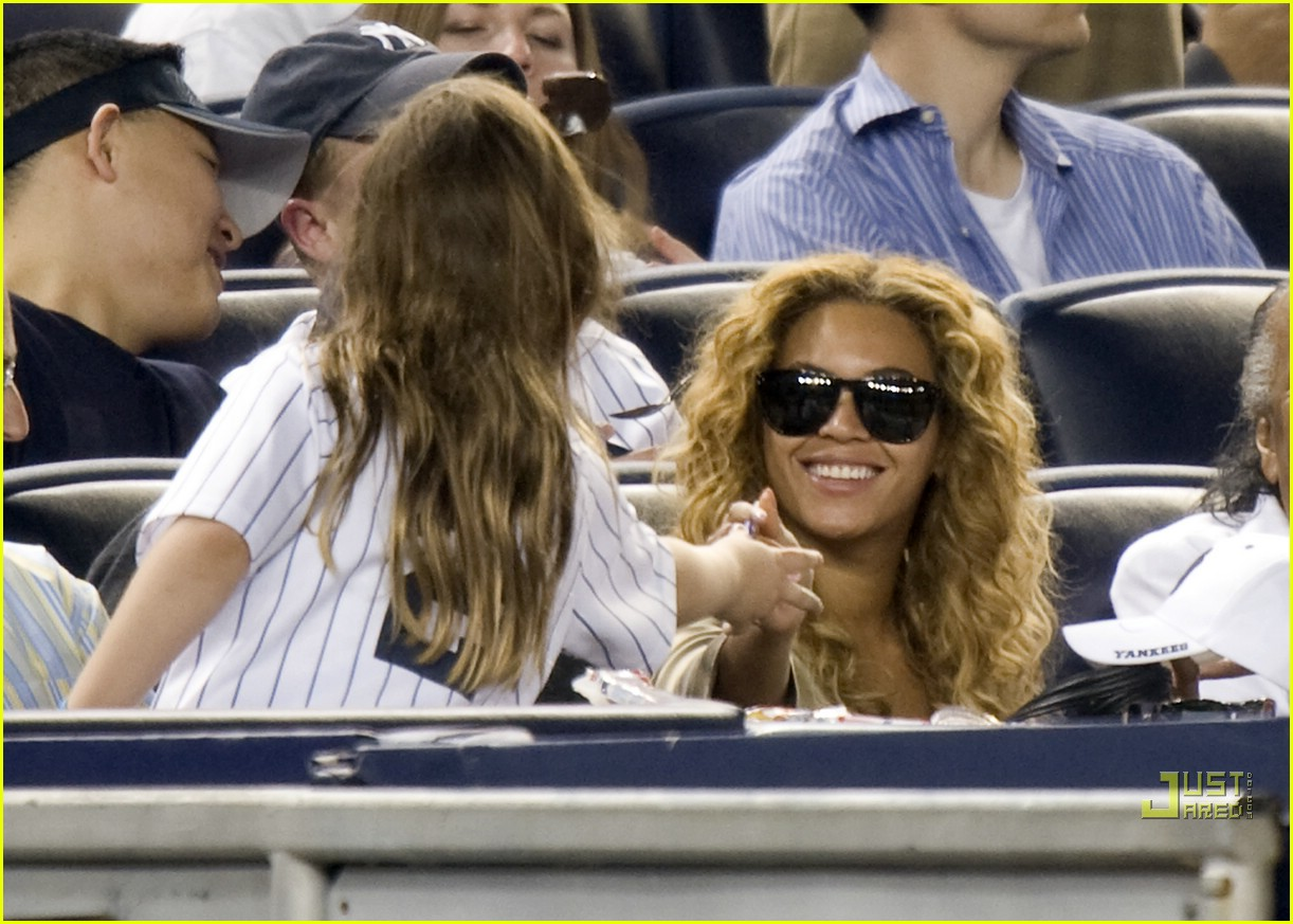 beyonce jay z mother in law yankee 04