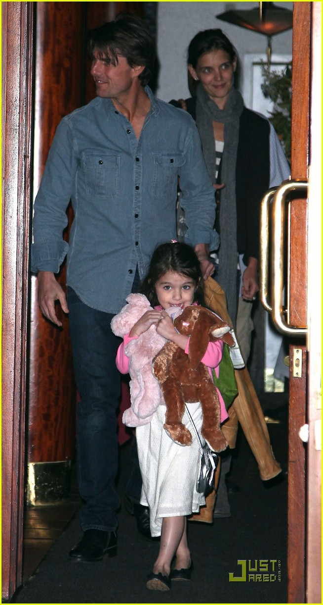 suri cruise sundaes monday 042453371