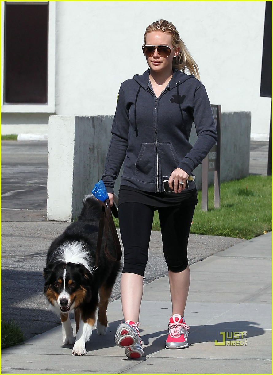 hilary duff dog 04