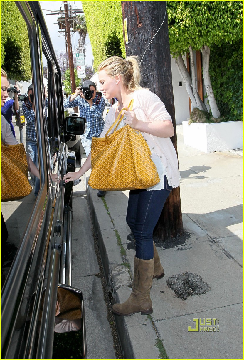 hilary duff yellow fever 03
