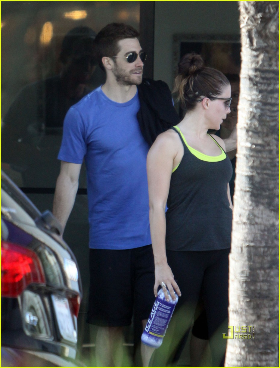 jake gyllenhaal austin nichols gym 01