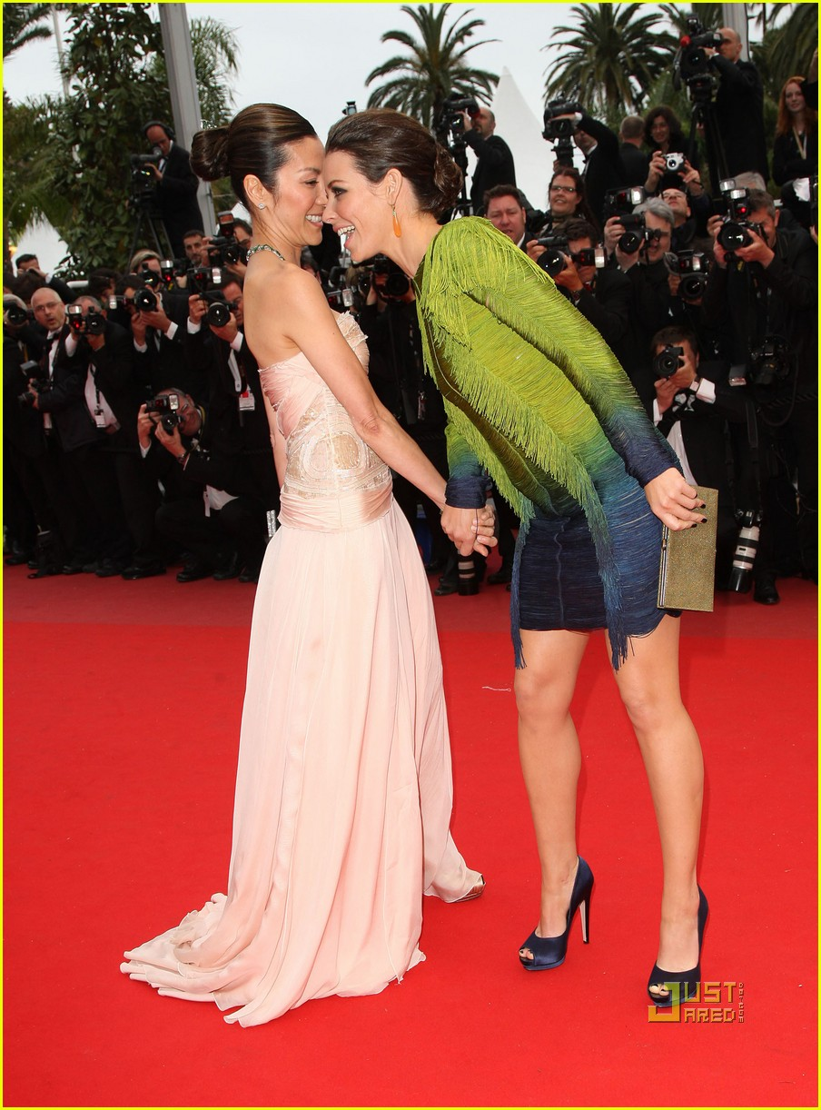 evangeline lilly cannes red carpet photo 2451197 2010