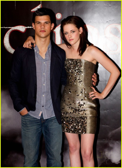 kristen stewart total eclipse of the heart 06