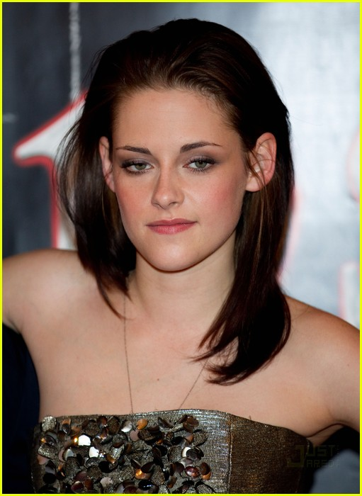 kristen stewart total eclipse of the heart 10
