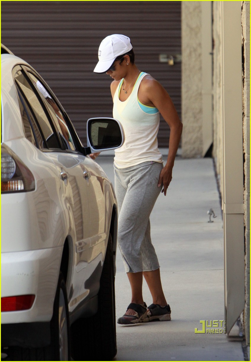 halle berry blueprints 07