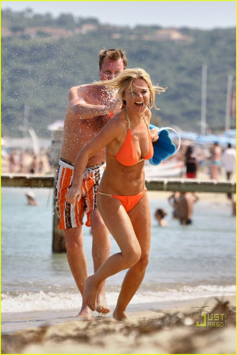 geri halliwell bikini babe 01