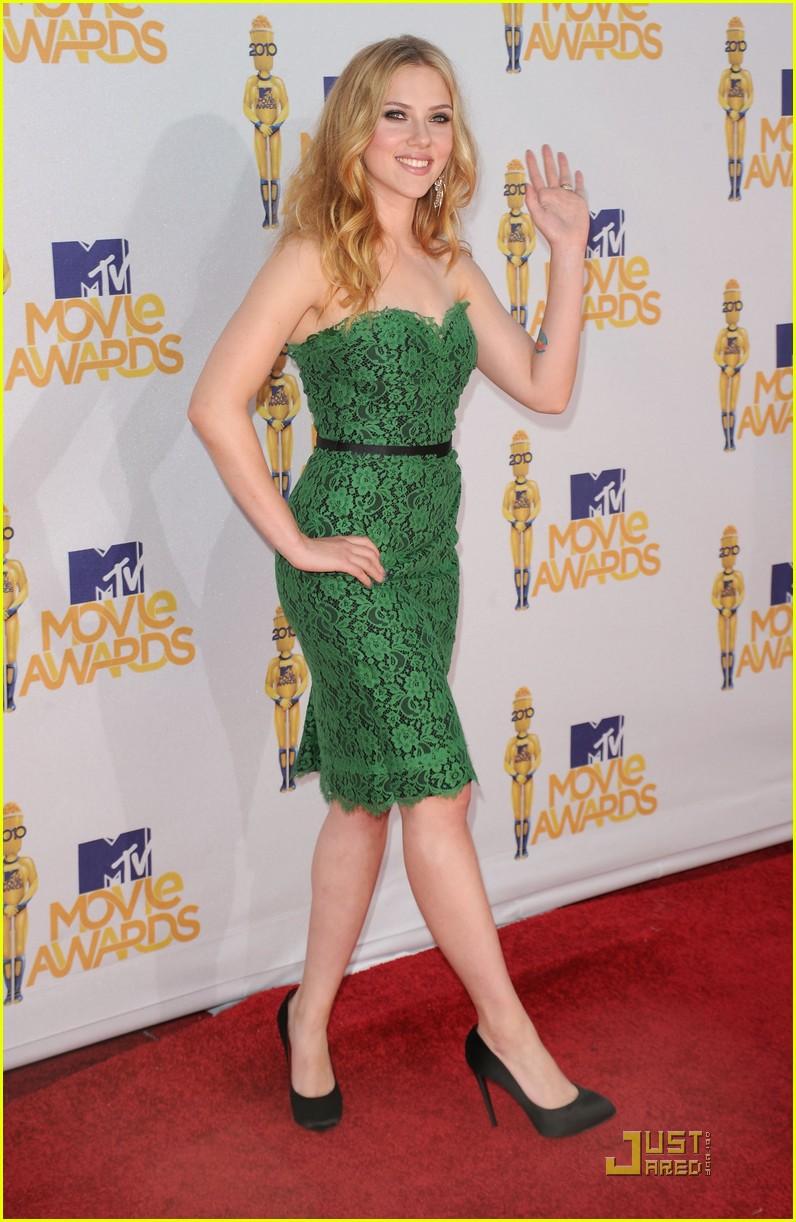 scarlett johansson mtv movie awards 2010 052456682