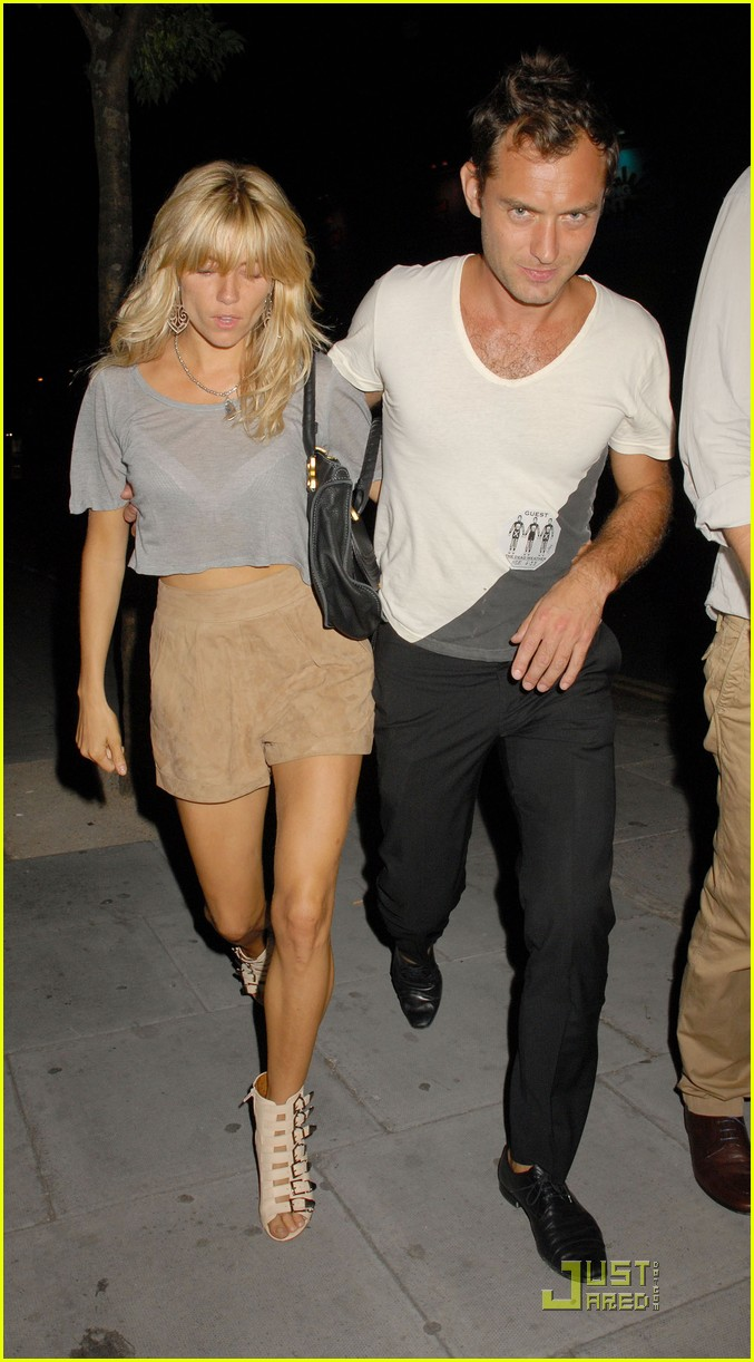 jude law sienna miller dead weather 14