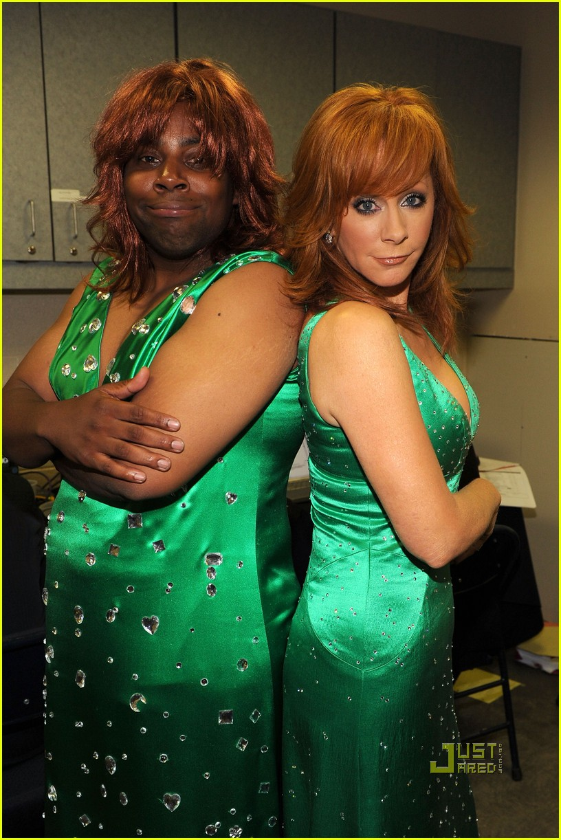 kenan thompson reba mcentire cmt music awards 032457720