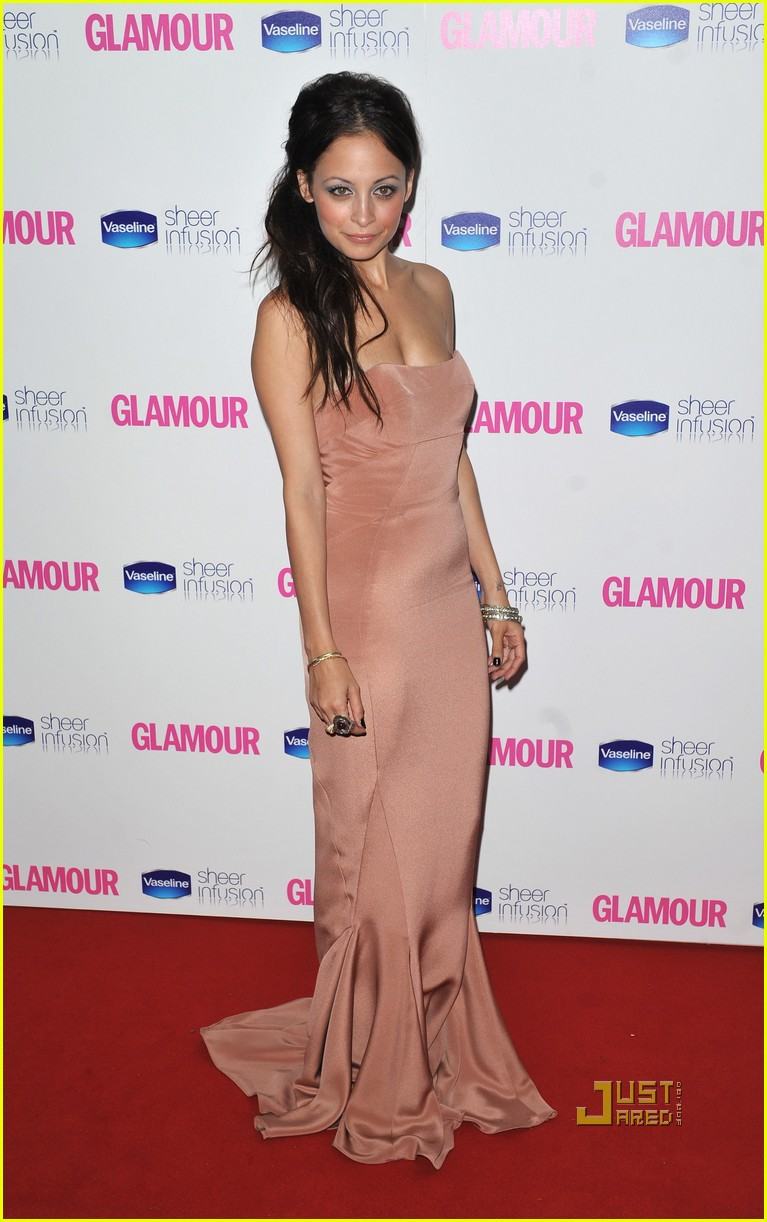 nicole richie glamour woman of the year awards 062457382