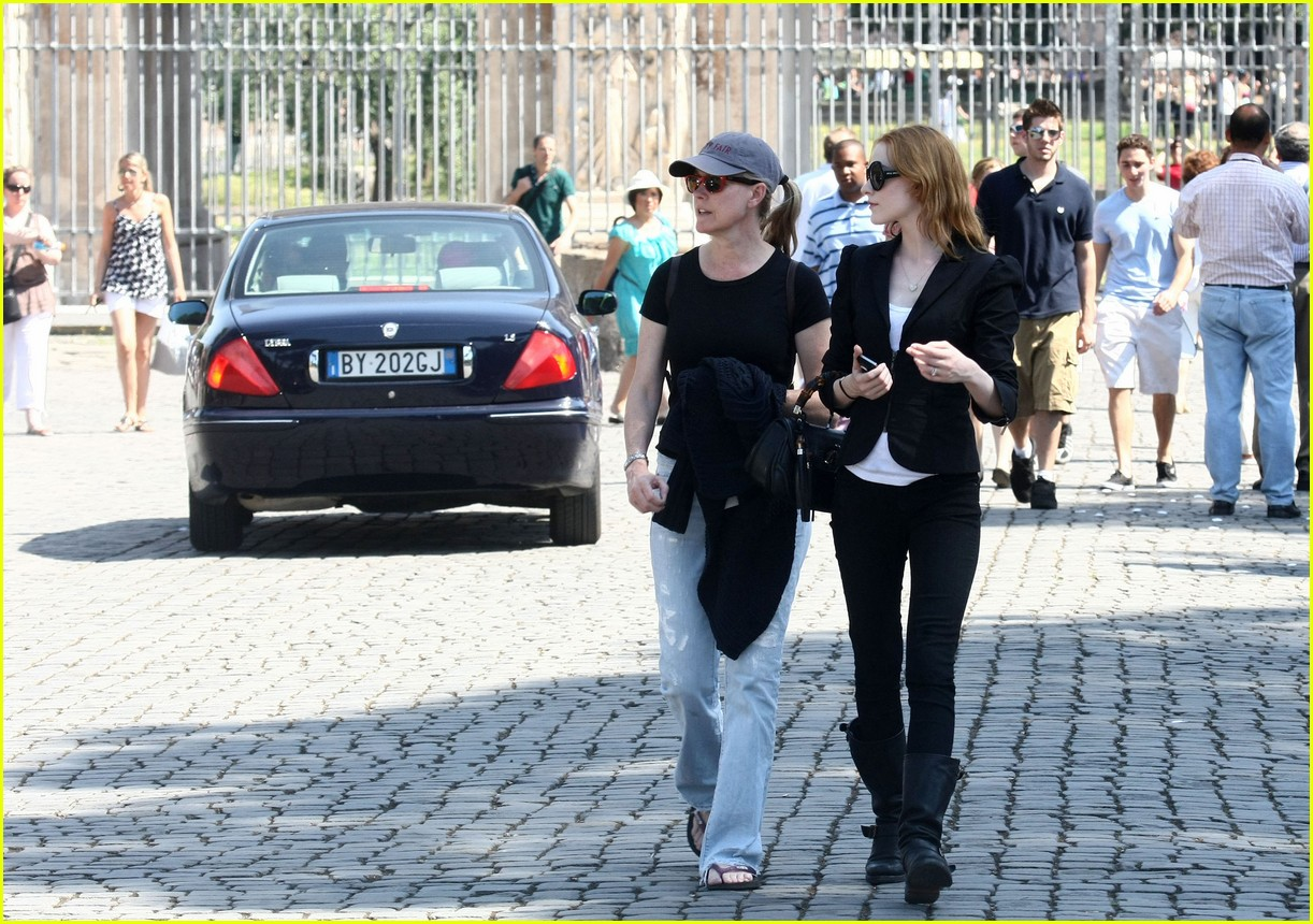 evan rachel wood rome tourist 062462426