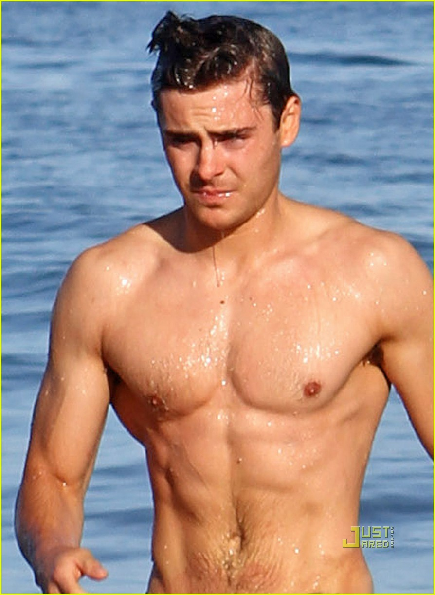 shirtless zac efron 01