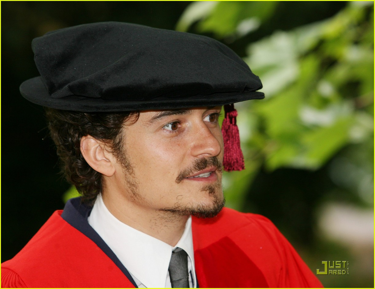 orlando bloom gets degree 02