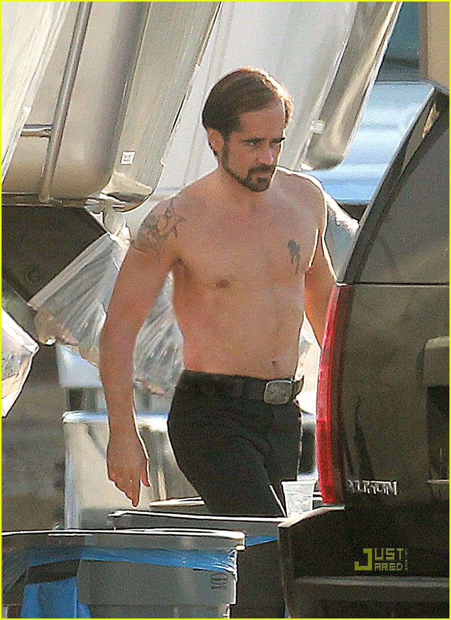 colin farrell shirtless comb over 05
