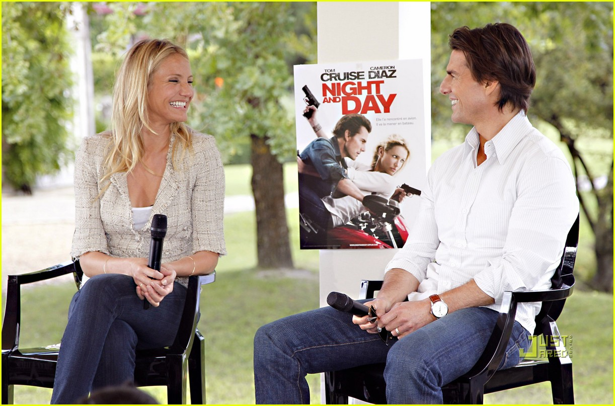 tom cruise cameron diaz martillac france press conference 12