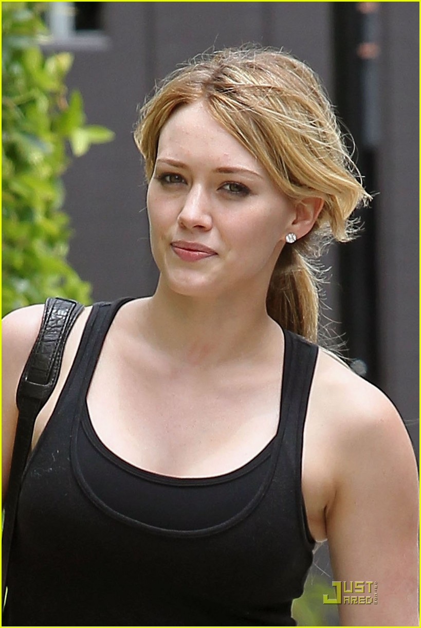 Hilary Duff is Shaping Up Nicely: Photo 2464656 | Hilary ...