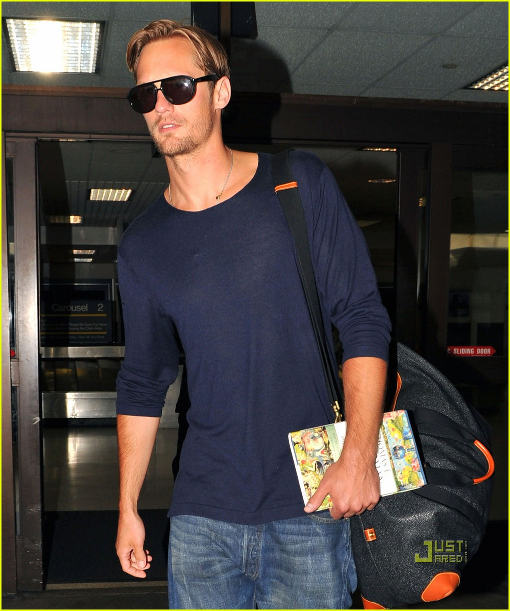 alexander skarsgard hot flat crowded 09