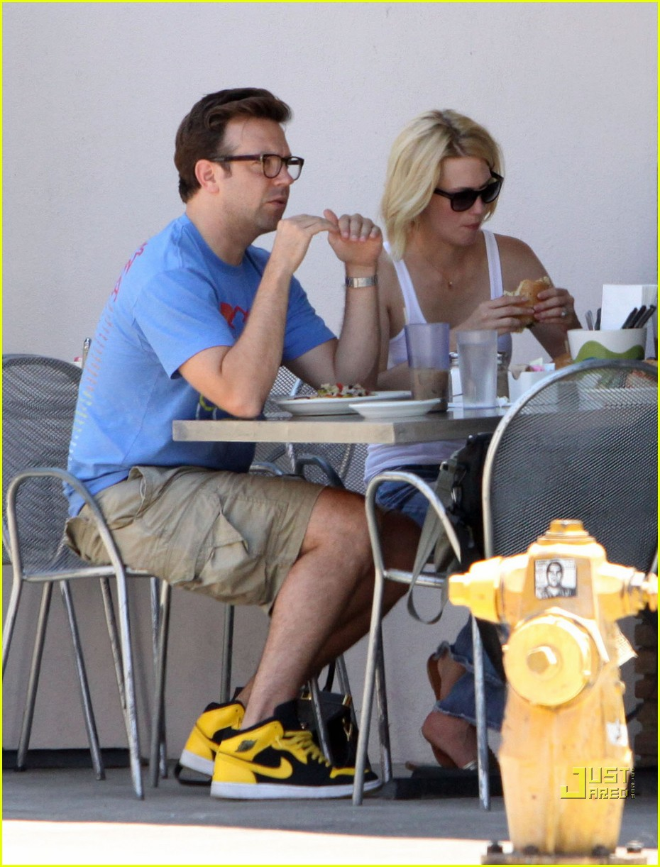 january jones jason sudeikis los feliz foodies 02