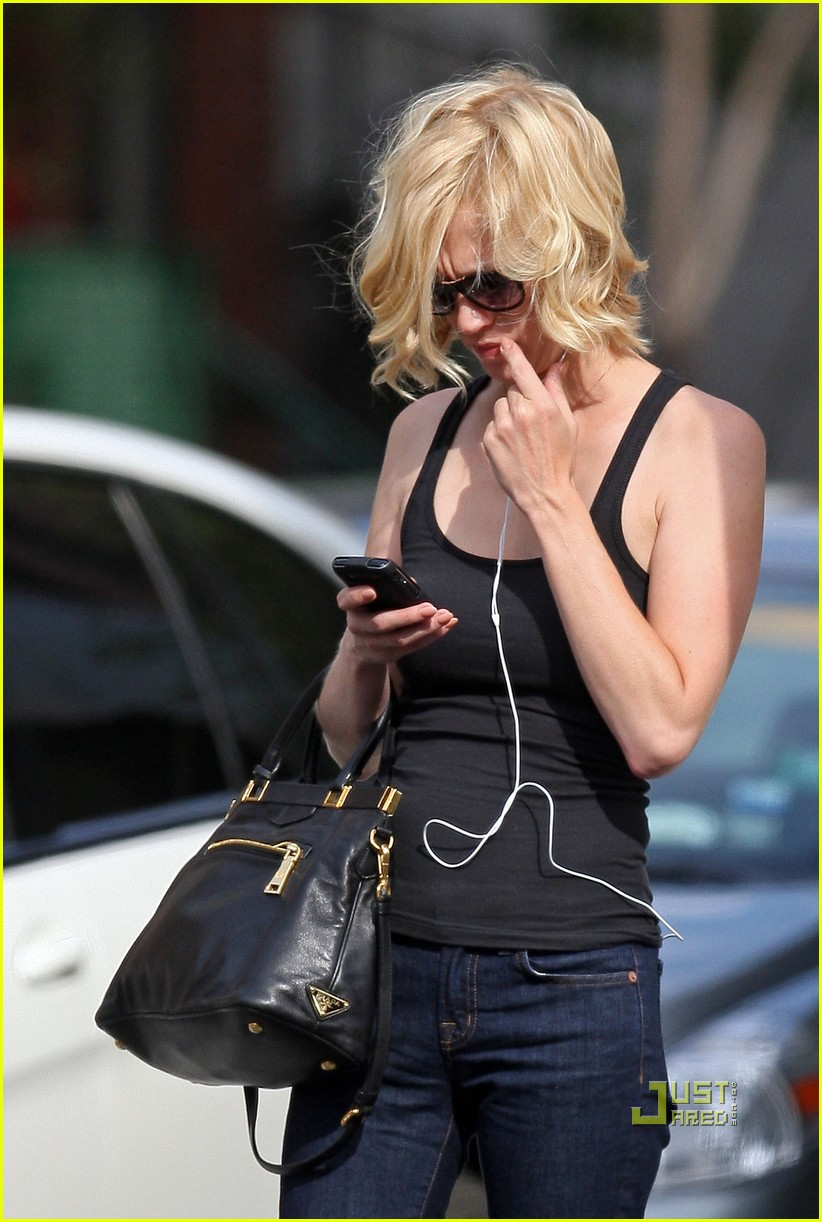 january jones tunes out the world 04
