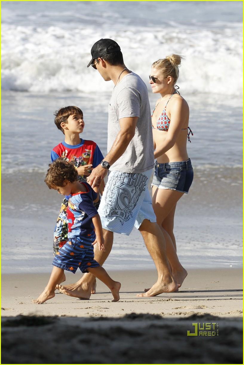 leann rimes eddie cibrian beach 09
