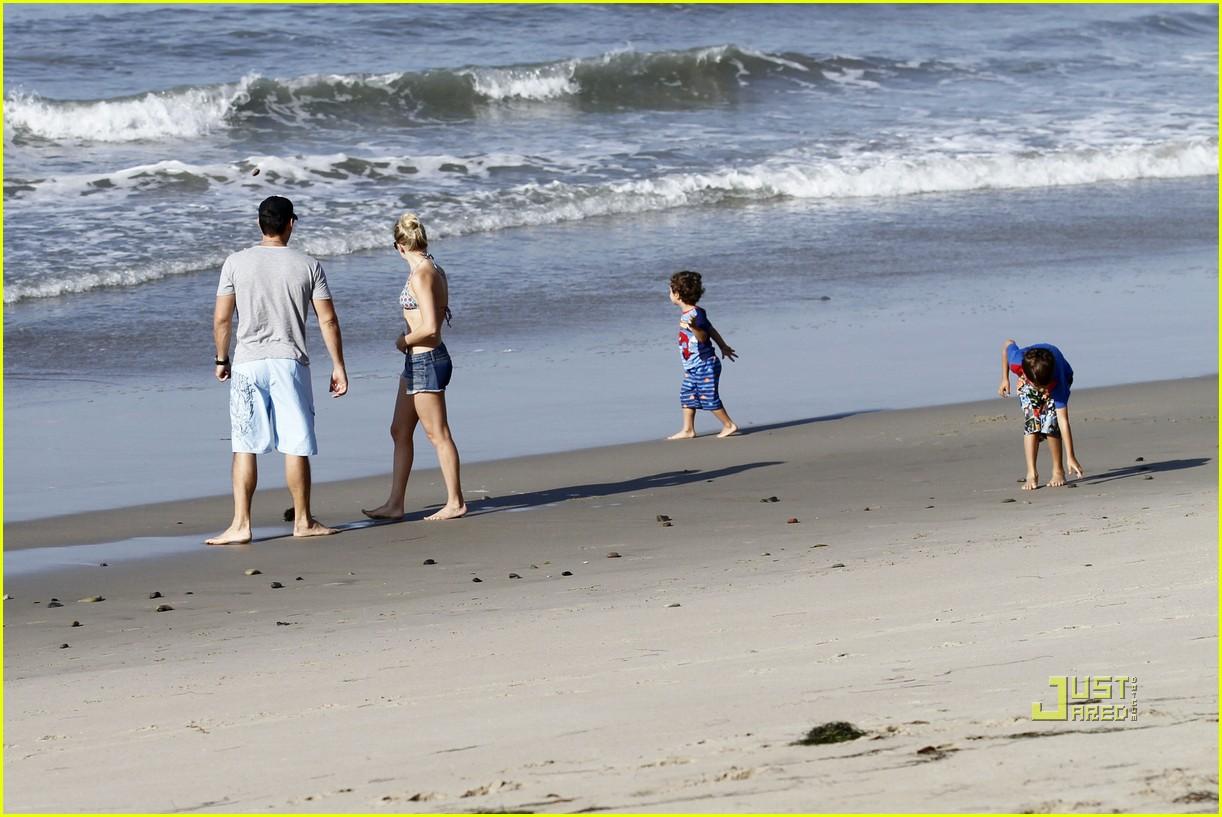 leann rimes eddie cibrian beach 11
