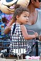 halle berry nahla grocery story minnie mouse balloon 04
