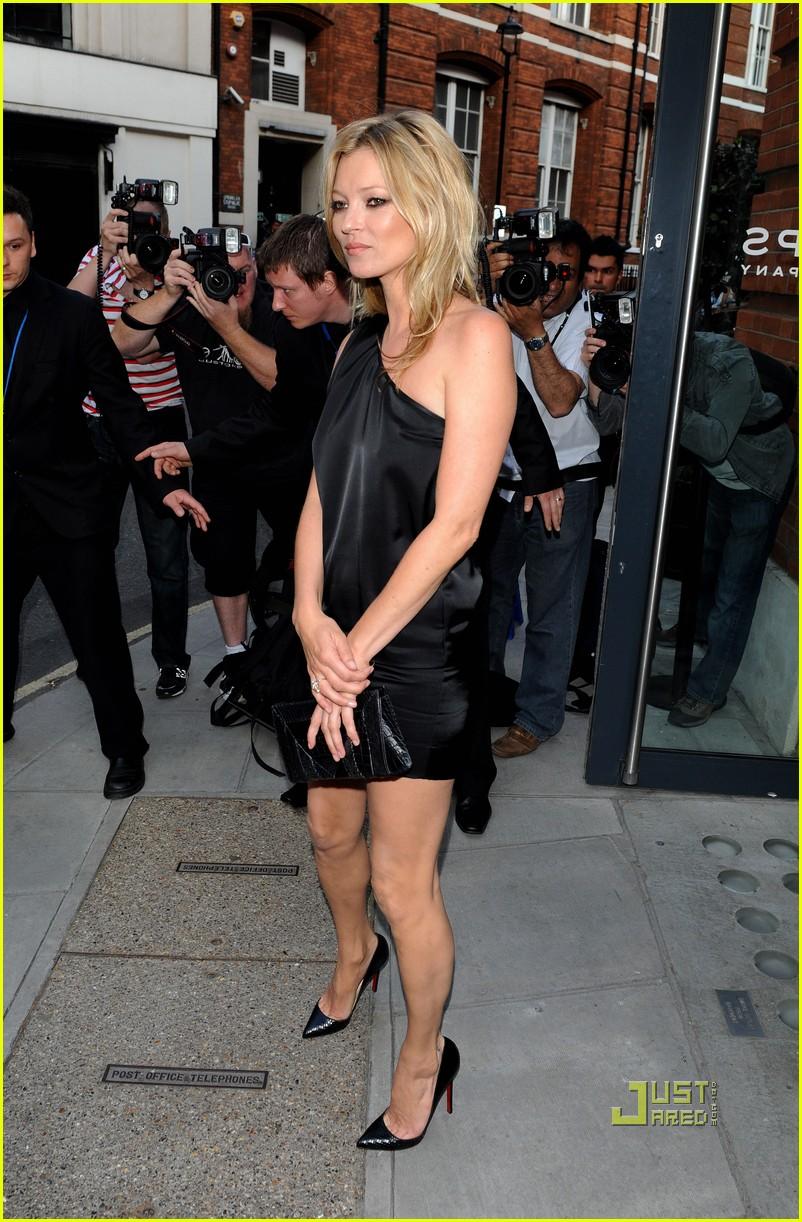 Gwyneth Paltrow & Mario Testino: Kate Who? Gwyneth Paltrow