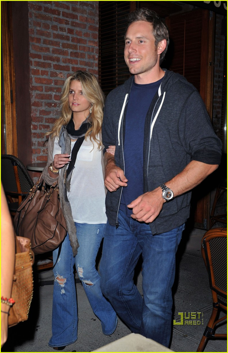 jessica simpson eric johnson dos caminos 05