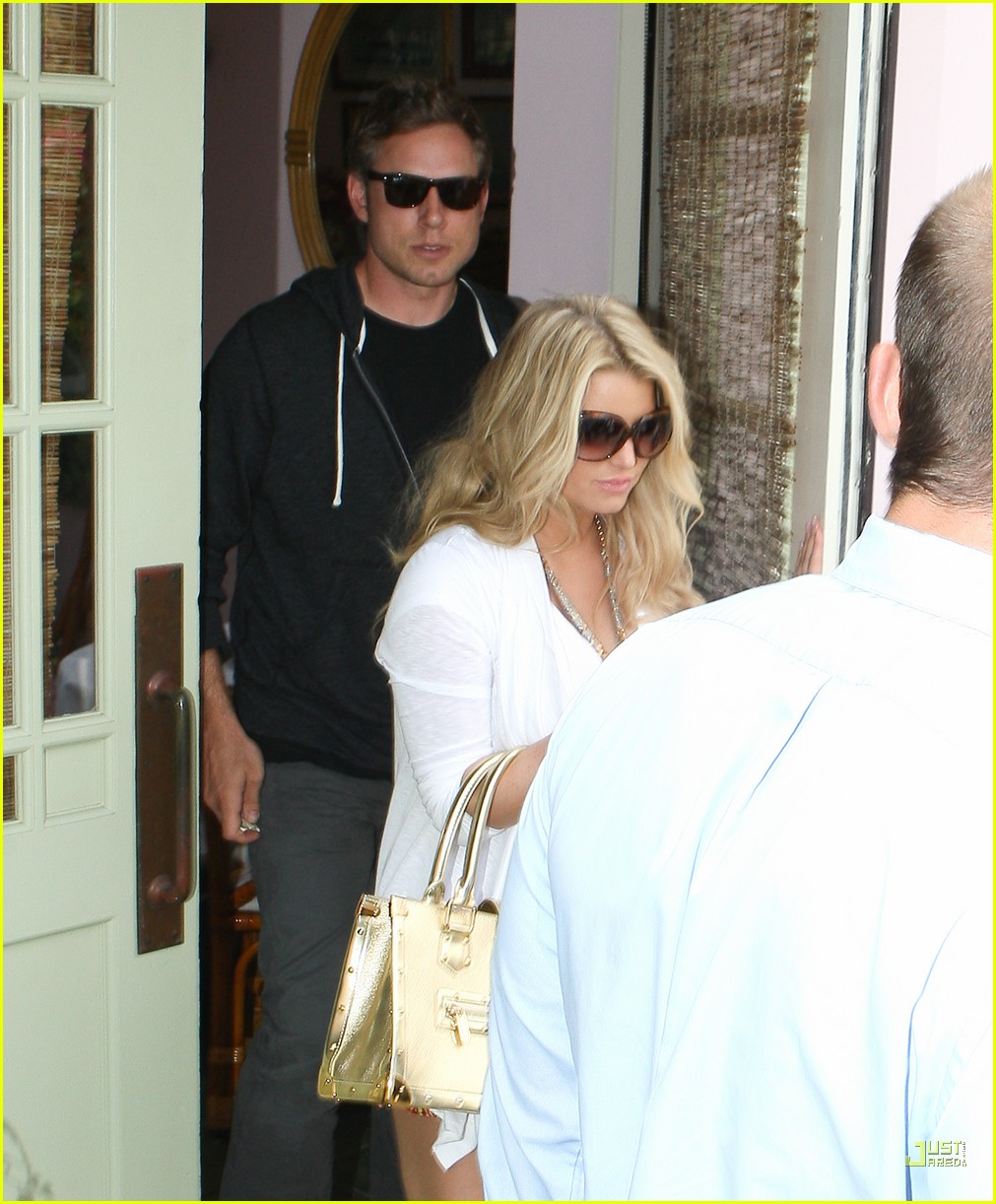 jessica simpson eric johnson the ivy 15