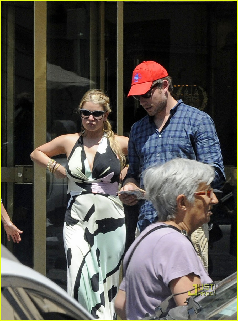 jessica simpson eric johnson roman holiday 16