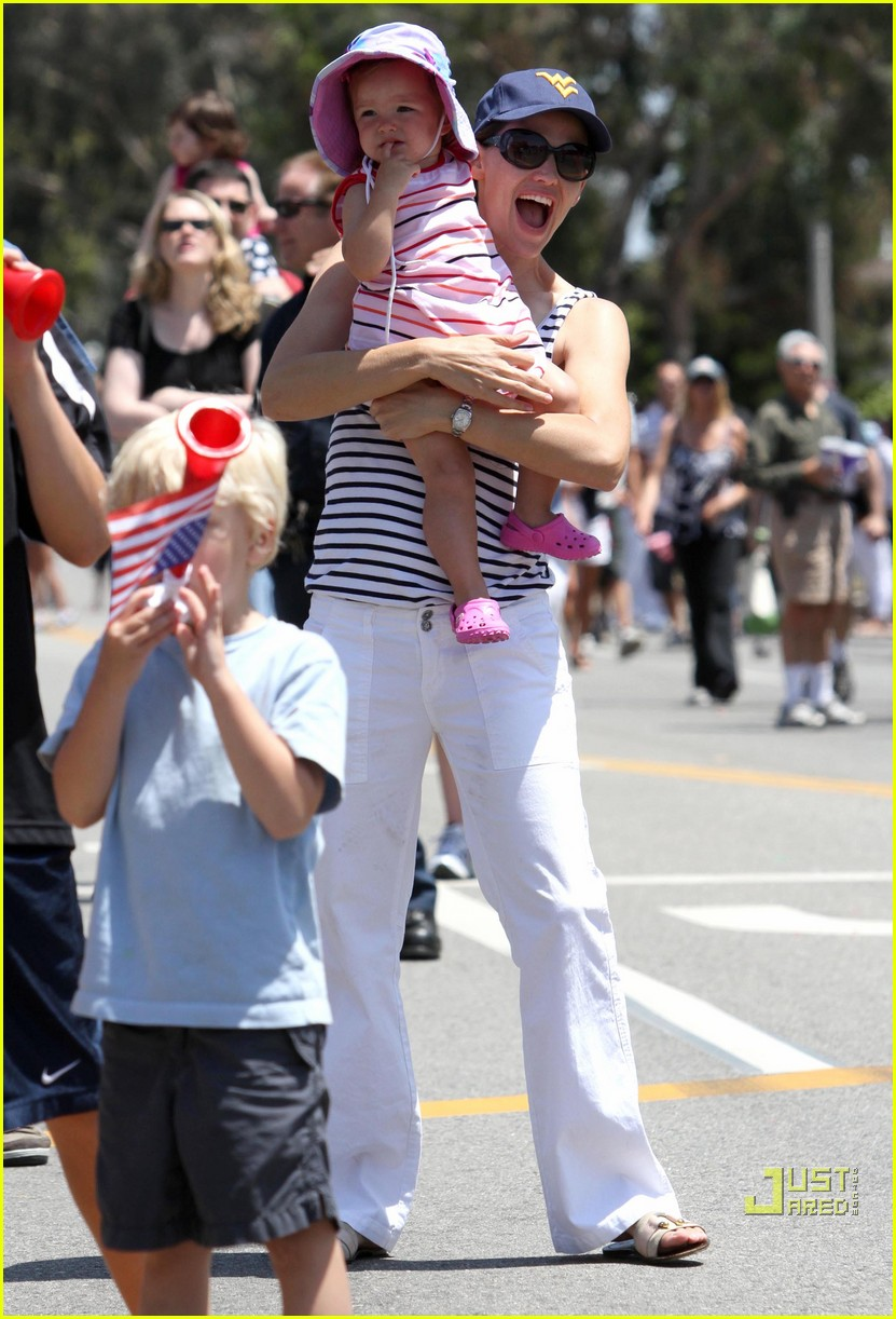 jennifer garner violet affleck seraphina affleck july 4th 03