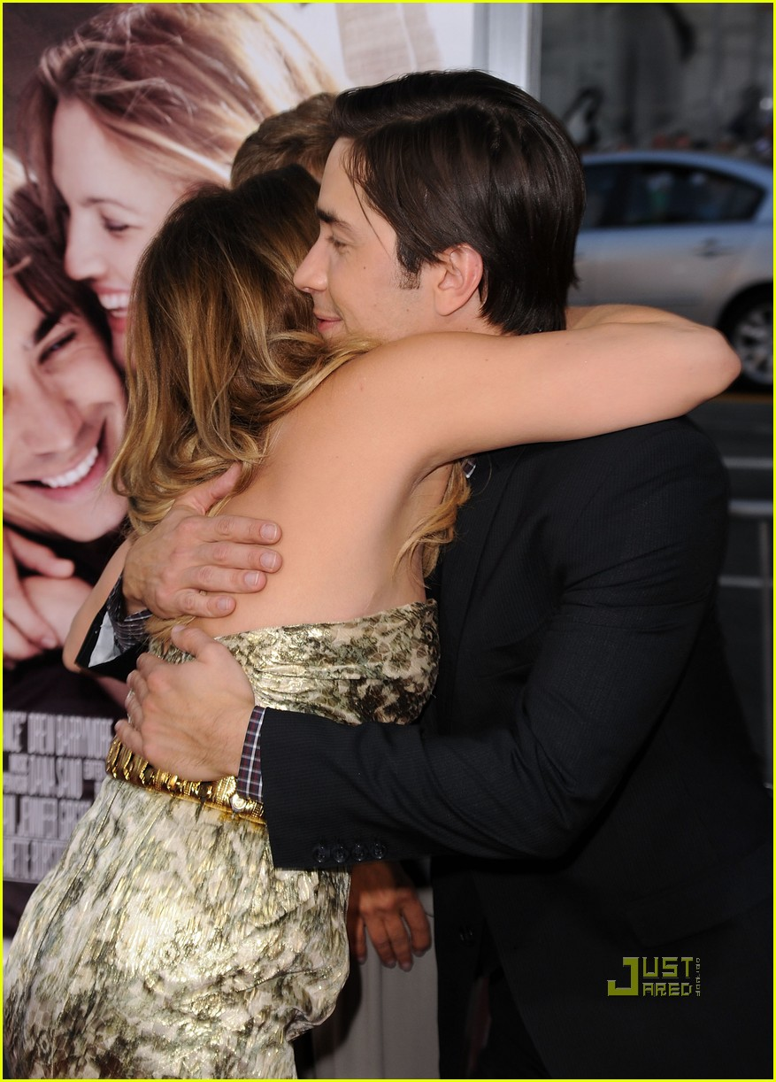 drew barrymore justin long going the distance premiere 02