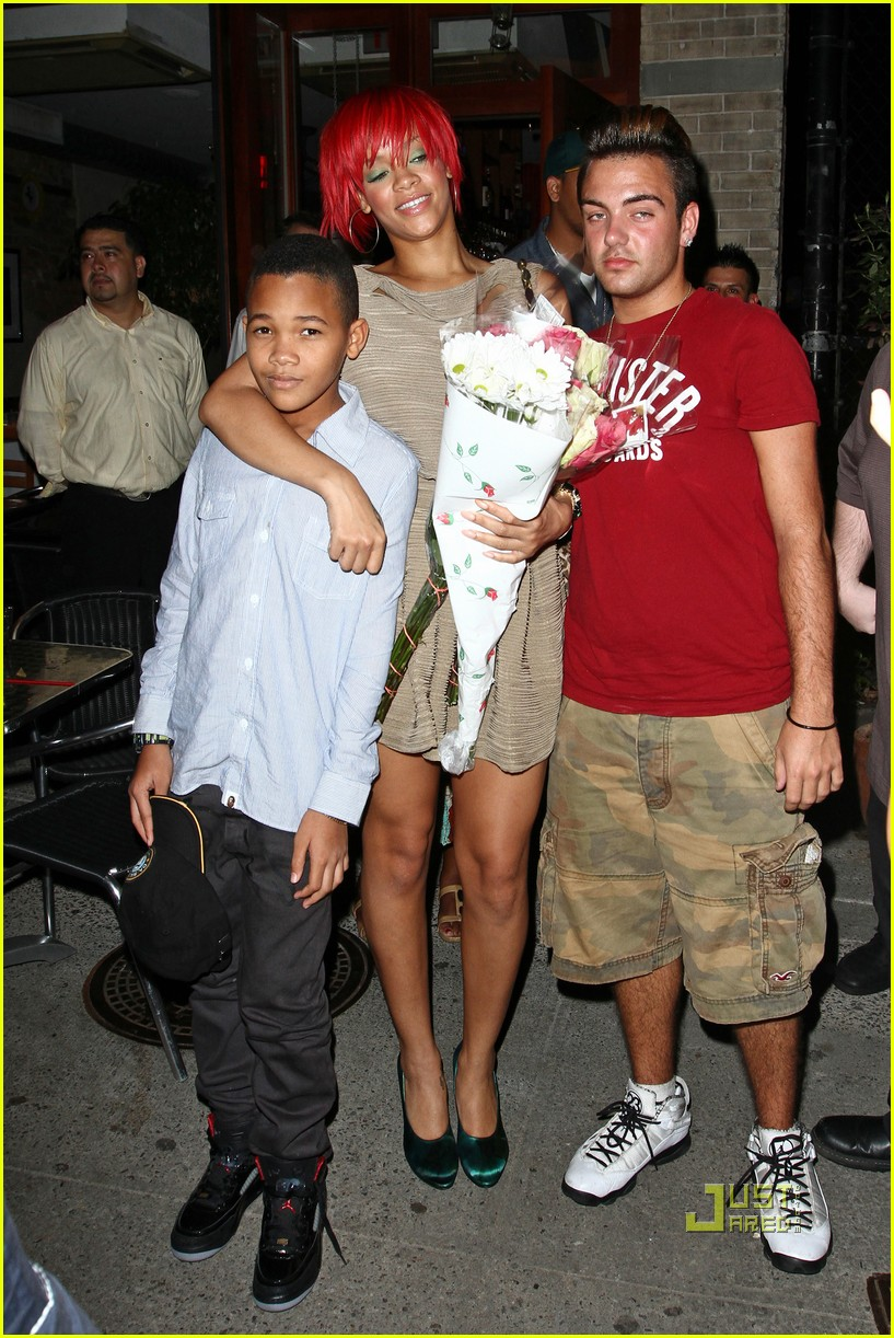 rihanna matt kemp happy 03
