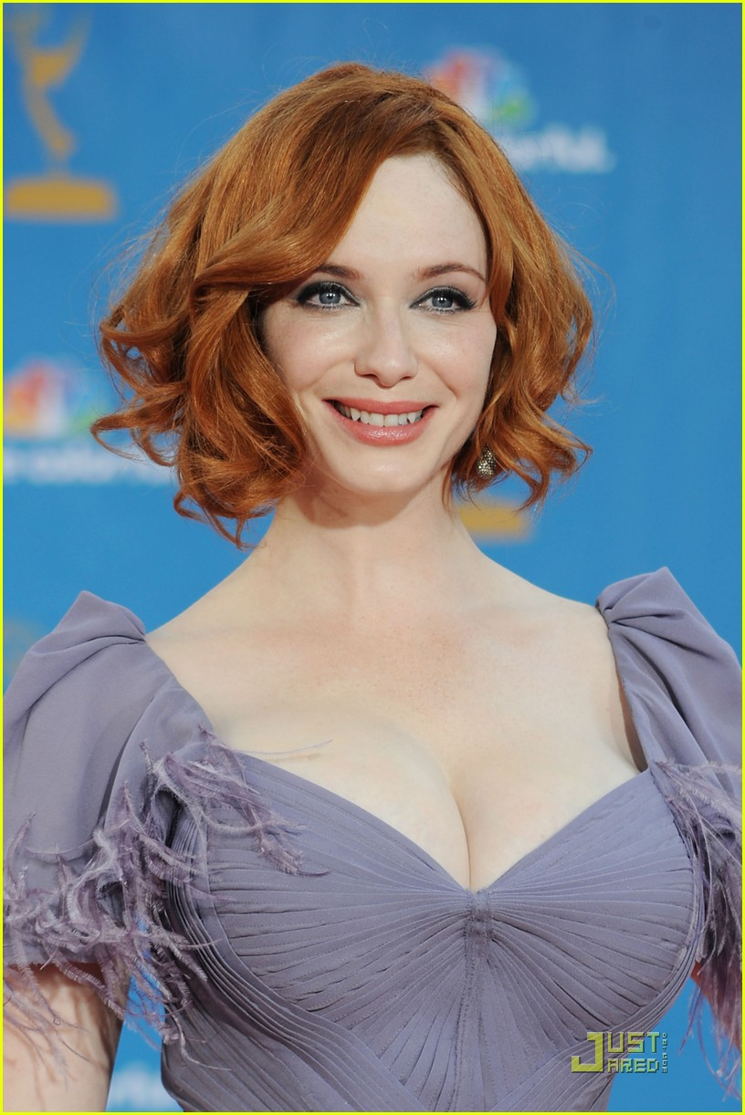 christina hendricks 2010 emmys 02