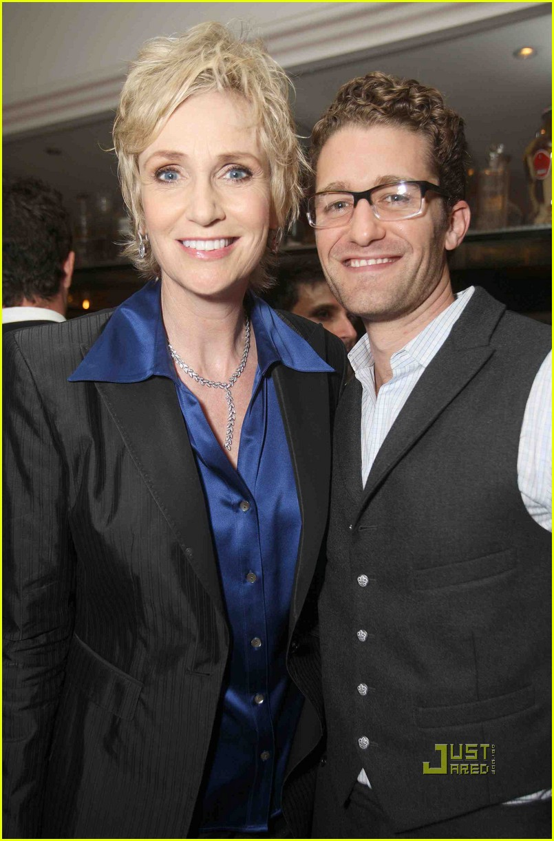 jane lynch modern family 012474748