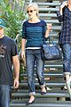 reese witherspoon furniture shopping 02